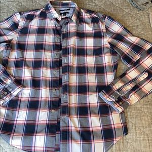 NEVER WORN: Plaid Banana Republic Button Down